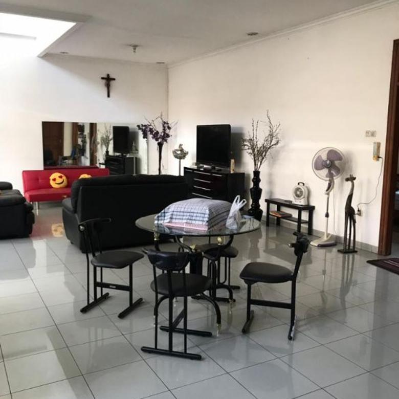 Dijual Rumah EXCLUSIVE 2 Lantai di MEKARWANGI