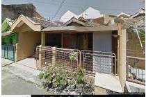 Rumah lokasi di RUngkut Asri tengah. dekat Merr. cocok untuk investasi