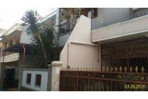Rumah Nyaman Dijual Di Tebet Timur Dalam, Jakarta Selatan, Lokasi Strategis