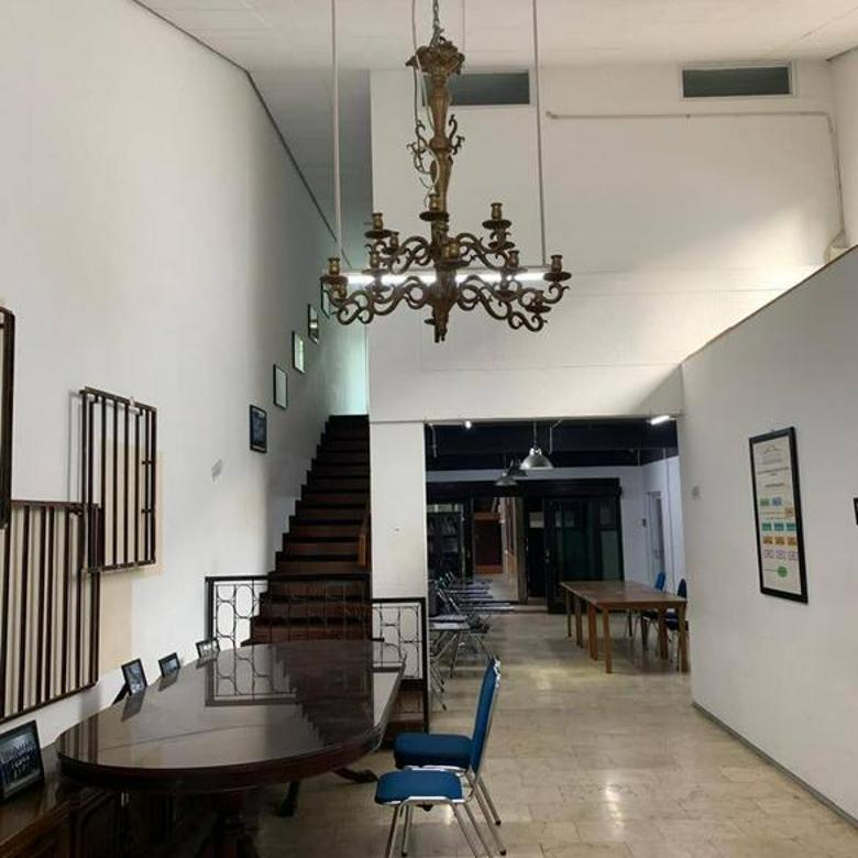 Ruang Usaha Asri dan Strategis Dekat Universitas2, Sayap Dago Bandung