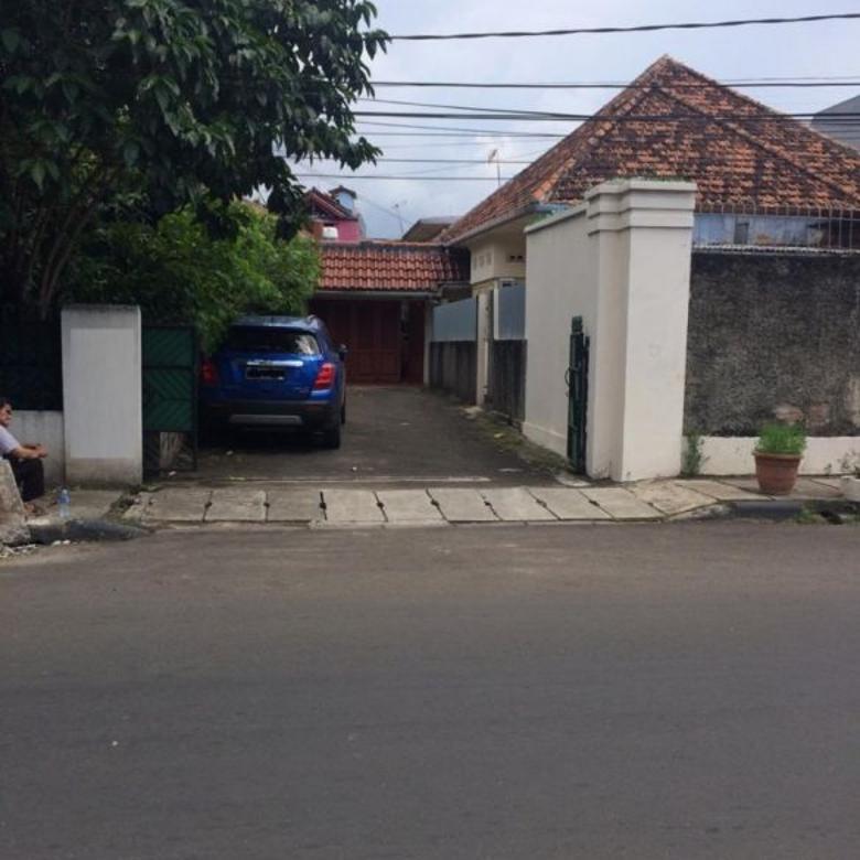 Rumah Murah di Menteng Jl. Sindanglaya Lt/lb. 827/619 SHM @ 28