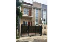 Rumah Cantik Minimalis di Villa Dago Pamulang, Tangerang Selatan