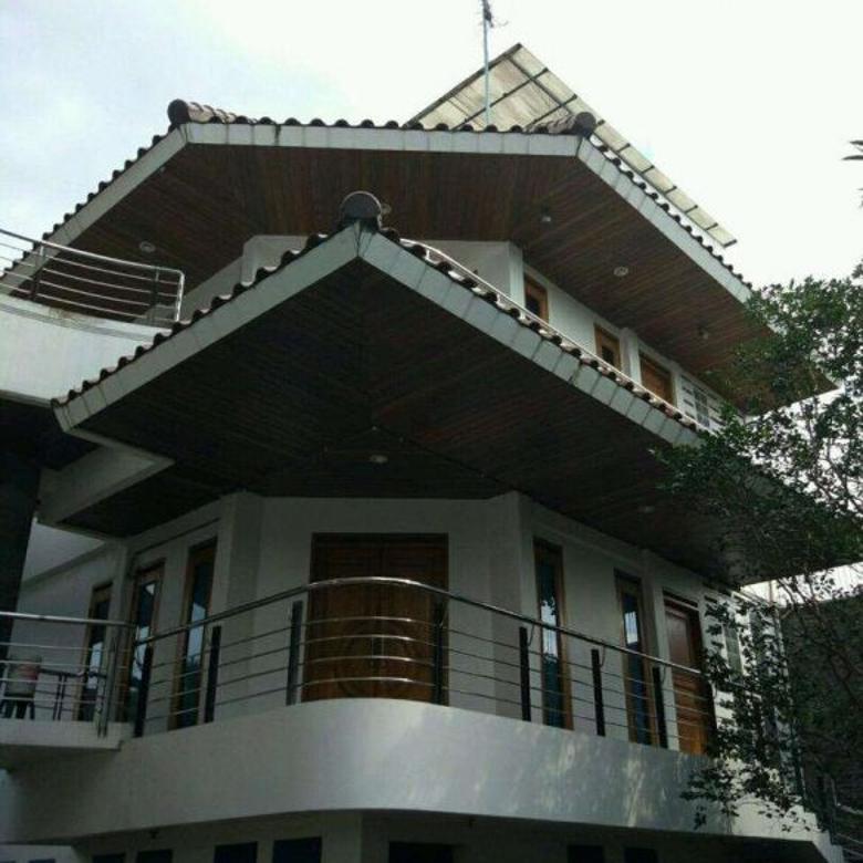 Dijual Rumah Strategis Nyaman di Karang Setra, Bandung