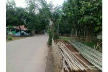 Tanah pinggir jalan utama cimuning dekat grand wisata