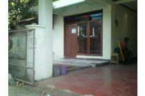 Antapani >> Rumah siap pakai, dekat jalan utama, nyaman dan aman