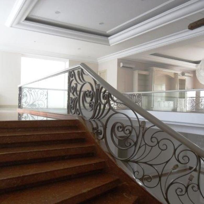 Pondok Indah - Brand New Luxurious House Furnished