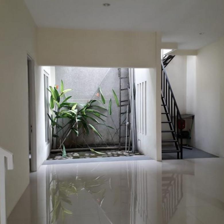 Dijual rumah minimalis brand new puter sektor 5 bintaro