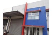 Di jual Gedung + gudang di kawasan industri Delta silicon Cika