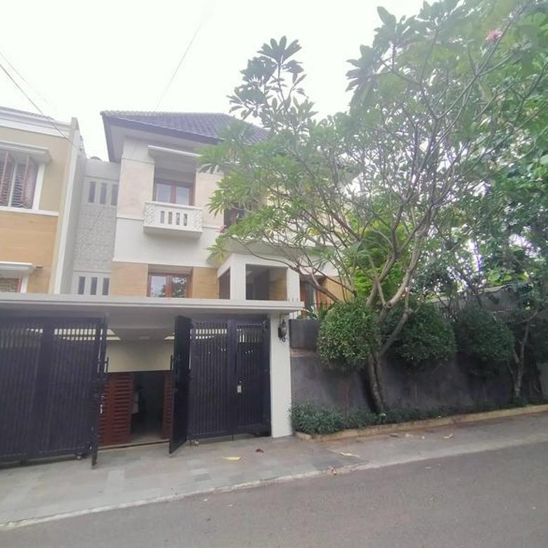NICE HOUSE!! RUMAH BERGAYA MODERN TROPICAL DI CILANDAK JAKARTA SELATAN