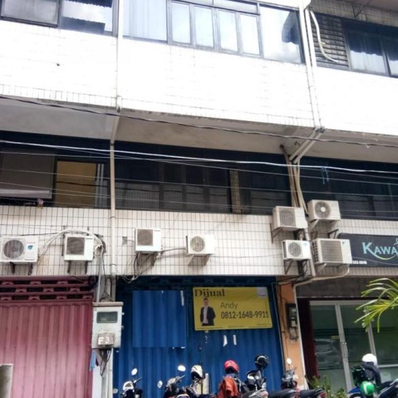 Ruko 4 lantai di komplek pertokoan RMI