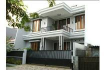 Dijual rumah eksekutif di jl Seroja semarang