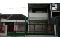 Di sewakan Rumah Jl. Ikan Buntek Surabaya - Baru Renovasi