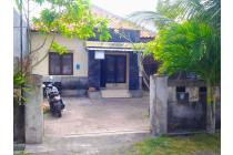 House In Quite Area Close to Beach/Shopping Center Fully Furnished,