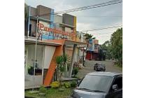 Rumah villa dengan beberapa macam tipe bangunan di malang