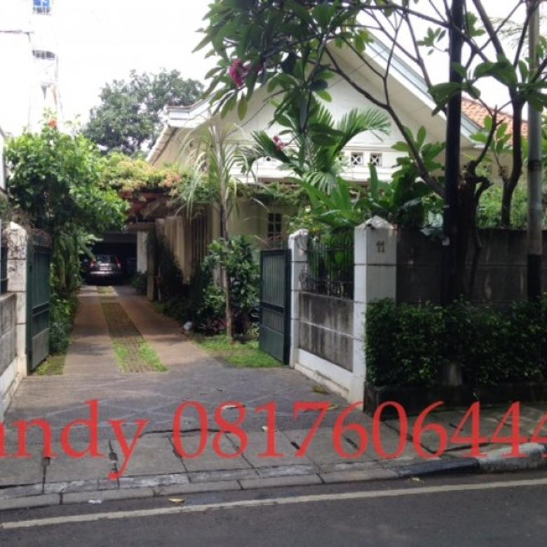 [DIJUAL] Rumah Gaya Kolonial di Menteng Jalan Cut Nyak Dien