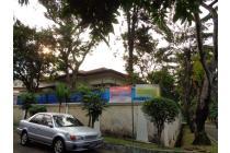 Rumah Hoek, harga menarik di Villa Duta