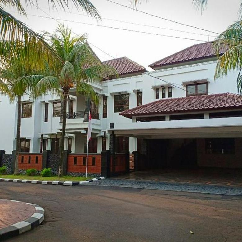 Rumah mewah baru bergaya modern 2 lt, tanah & bangunan yg luas & besar dgn lokasi yg strategis di pusat kota depok