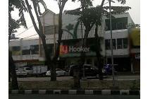 Ruko Gandeng Di Jalan Boulevard Raya, Area Kelapa Gading