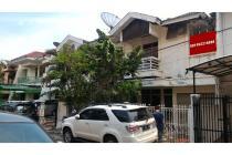 Dijual rumah Janur Elok 9x17 Kelapa Gading , Belakang BPK Penabur