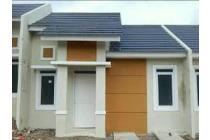 rumah asri BEBAS BANJIR gerbang komplek langsung jalan raya