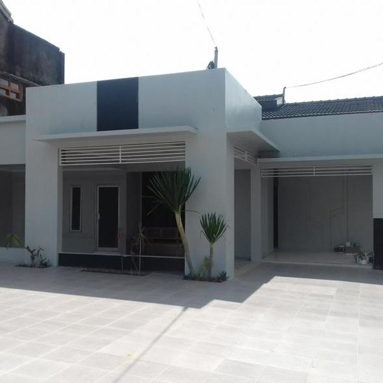 Rumah Parkir Luas Cocok Kantor Tengah Kota dkt Malioboro & Kraton