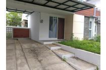 Rumah Bagus tingkat 2 lantai siap pakai di Perumahan BSB Village, Mijen, Semarang