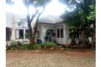 Villa di Bekasi, Cantik, Nyaman, Terdapat 87 Tanaman Buah,,