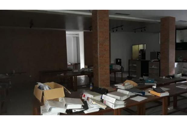 Rp40mily Gedung Bertingkat Dijual