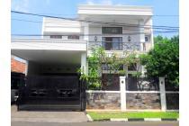 Rumah MEWAH 2 lantai Luas lUX SIAP HUNI di Komplek Garuda KALIBATA Jaksel