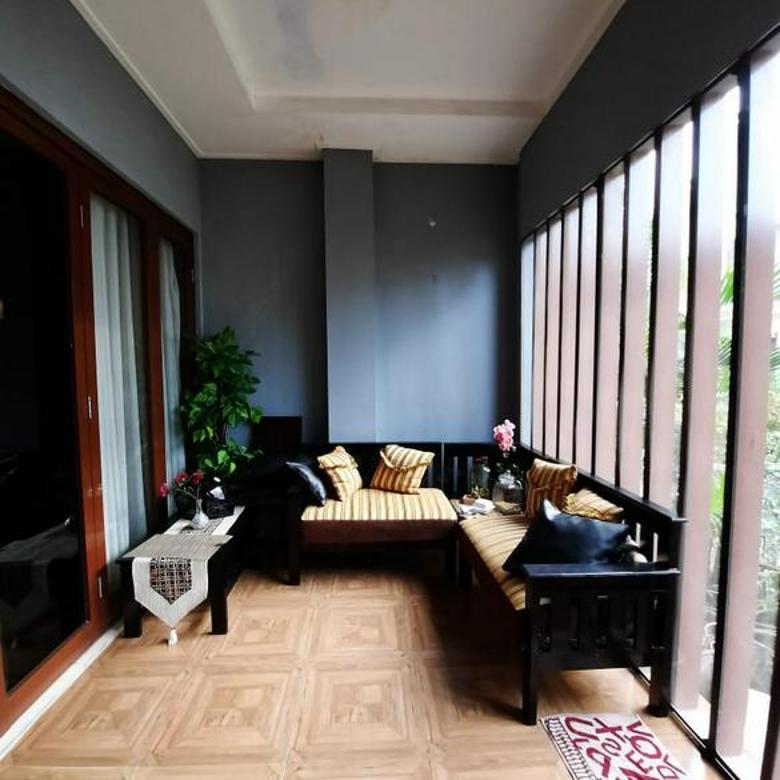 Rumah Cantik 2 Lantai Luas di Sektor 9 Bintaro (SC 4114 AL)