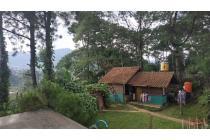 Dijual Vila Nyaman Untuk Peristirahatan di Pengkolan Bandung