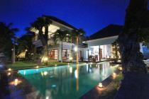 Beautifull Beach Front Freehold Villa in Singaraja