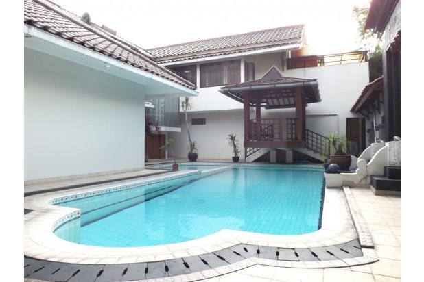 Kolam renang 907578