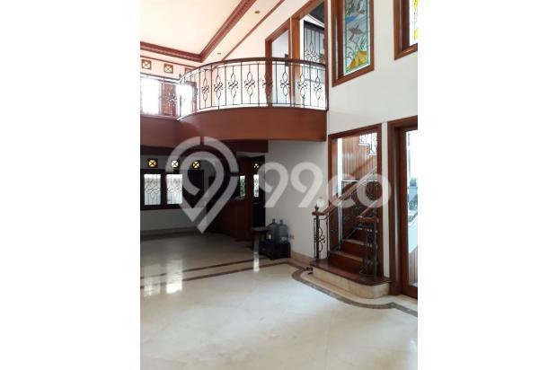 Ruang Keluarga 16815523