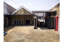 rumah strategis di pinggir jalan propinsi Purwakarta