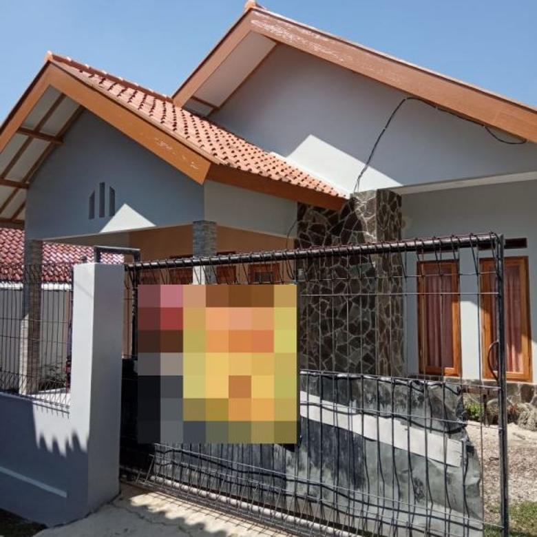 Rumah sangat asri di Sindang Jaya, Cipanas