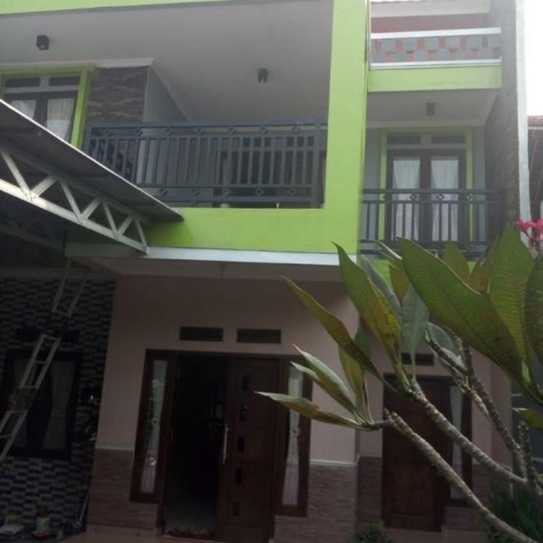 Rumah 2 lt LUAS ASRI Nyaman STRATEGIS di Rangkapan Jaya Depok