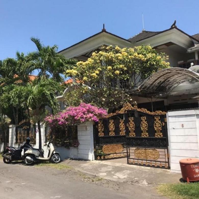 Rumah Mewah Di Moh Yamin / Laksamana Renon Raya Puputan Merdek