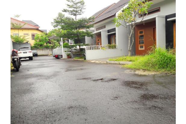 Rumah 1 Lantai Luas 189 m2 di Jagakarsa 17793370