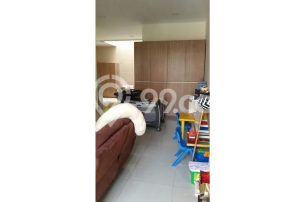 Jual cepat rumah Full Renov 2.5 lantai di Puri mansion 7857053