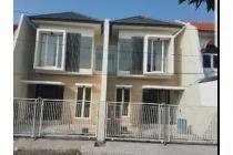 Rumah bagus, modern minimalis GRESS di Mulyosari mas