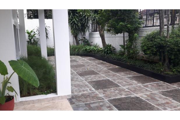 Rumah Sewa di Kemang, Jakarta Selatan ~ Swimming Pool ~ Halaman Luas 17793262