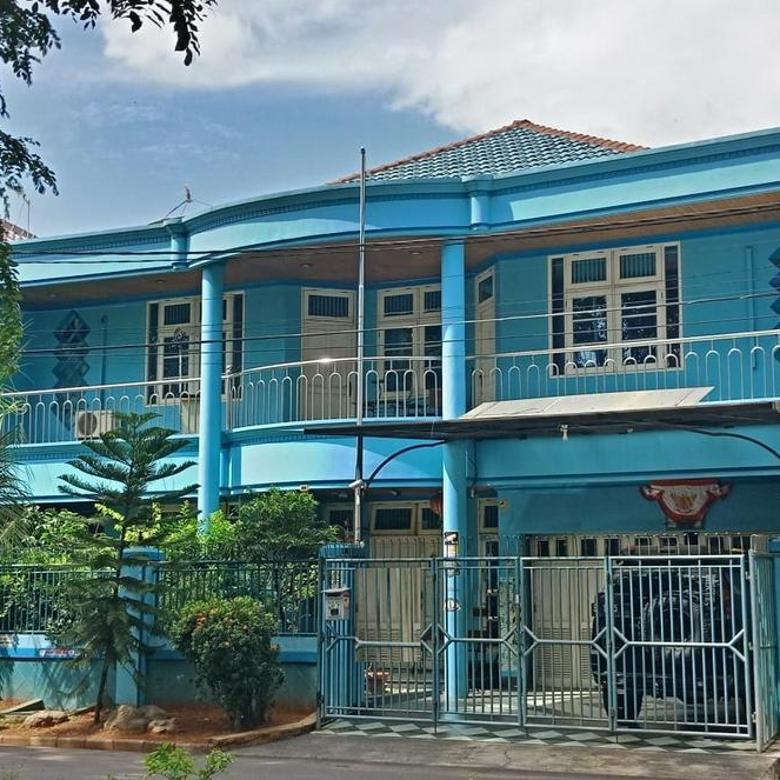 Dijual Rumah Besar Cantik di Gading Kirana