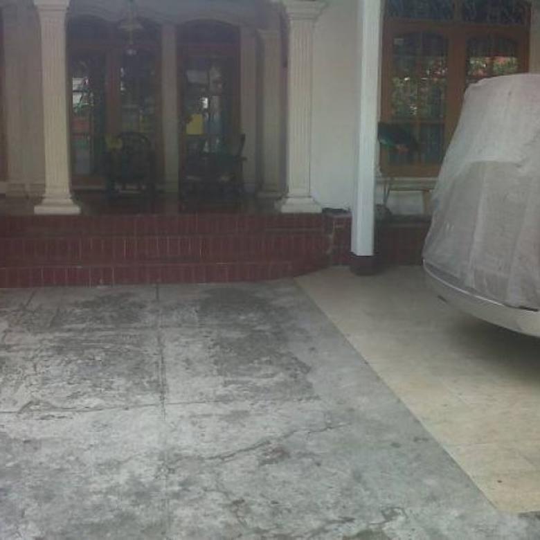 Rumah Strategis di Pasar Minggu, Jakarta AG760