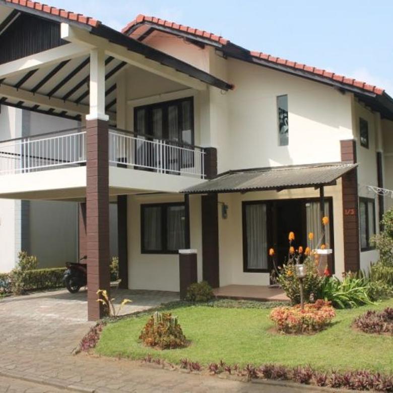 Villa Istana Bunga Lembang Bandung dekat dgn berbagai tempat