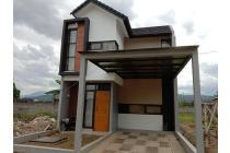 Rumah Bagus 3 Kamar Tidur ada Taman Pribadi Asri Kopo Soreang Bandung