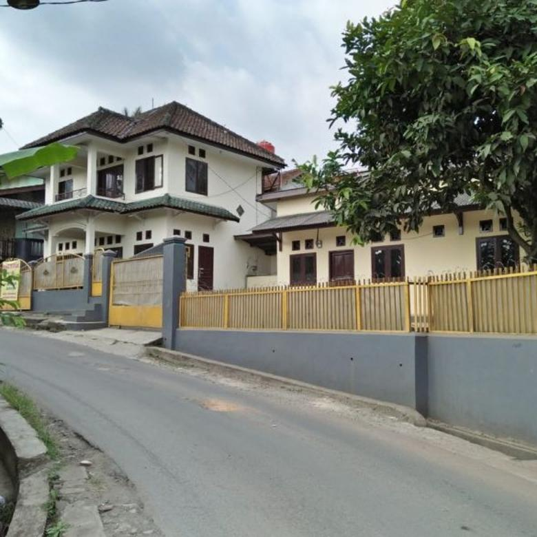 Dijual Rumah di Cimelati,1032