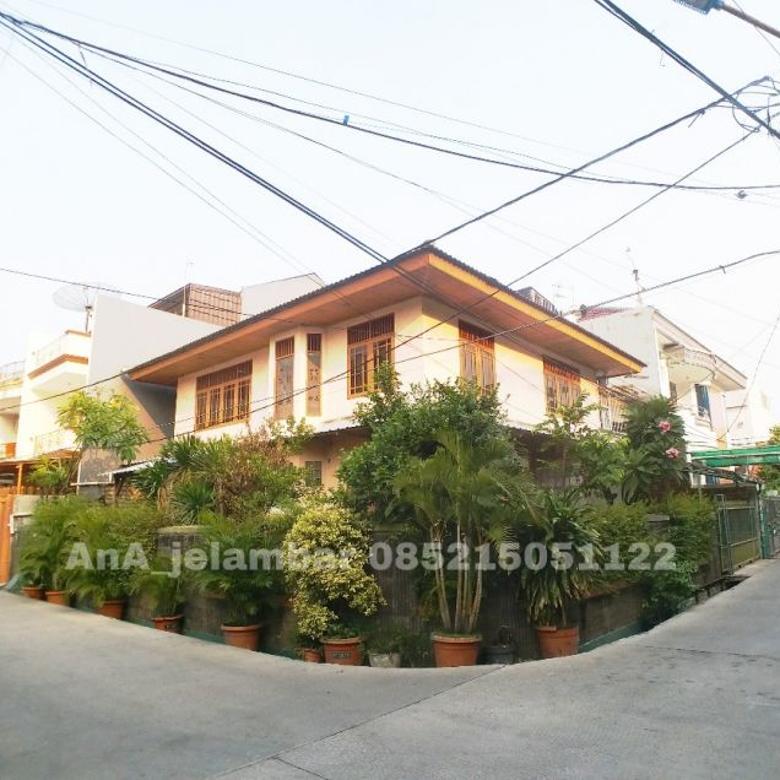 Rumah Hoek uk 16x16m Lokasi Dalam Komplek Kavling Polri Jelambar