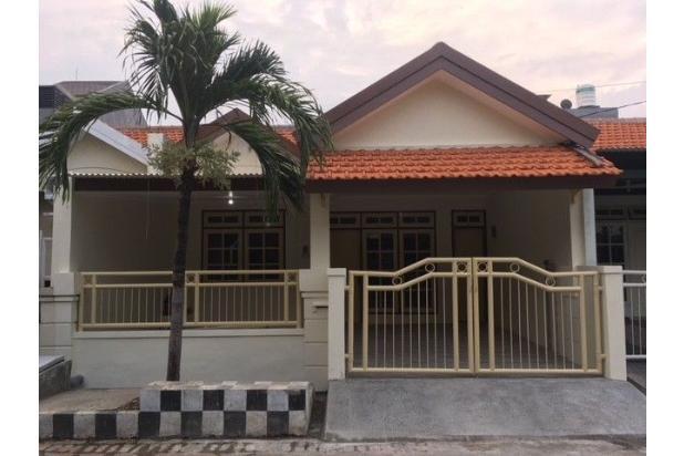 Rumah tampak depan, menghadap ke timur. 16846443