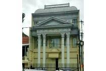 dijual gedung cocok untuk  perkantoran di i Bandung